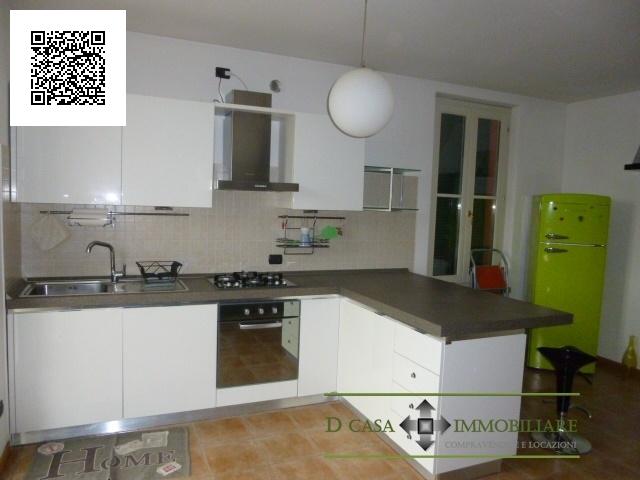 Appartamento in affitto a Cornate d'Adda, 2 locali, prezzo € 500 | CambioCasa.it