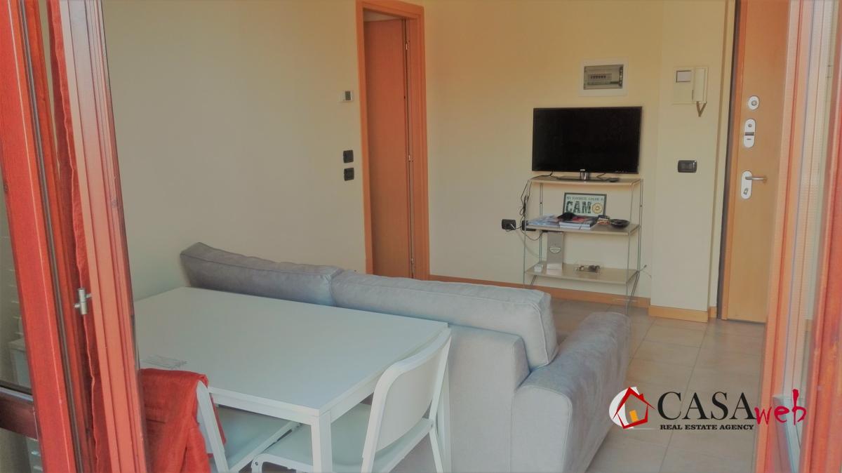 Appartamento in affitto a Capriate San Gervasio, 2 locali, prezzo € 400 | CambioCasa.it