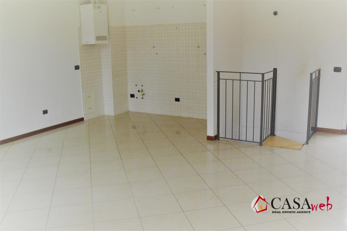 Appartamento in affitto a Cavenago di Brianza, 2 locali, prezzo € 500 | CambioCasa.it