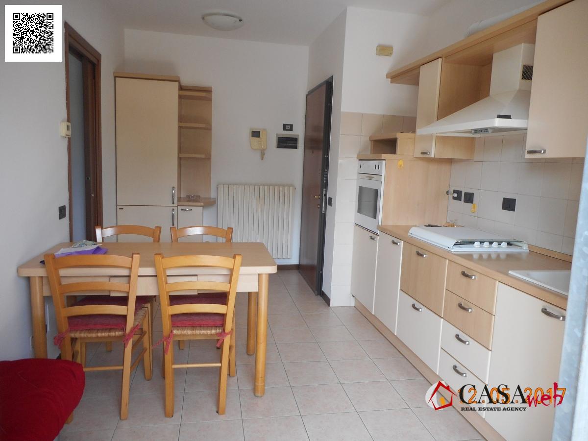 Appartamento in affitto a Trezzo sull'Adda, 2 locali, prezzo € 450 | Cambio Casa.it