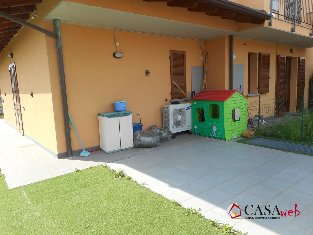 Villa a schiera Vaprio d'Adda MI1049472