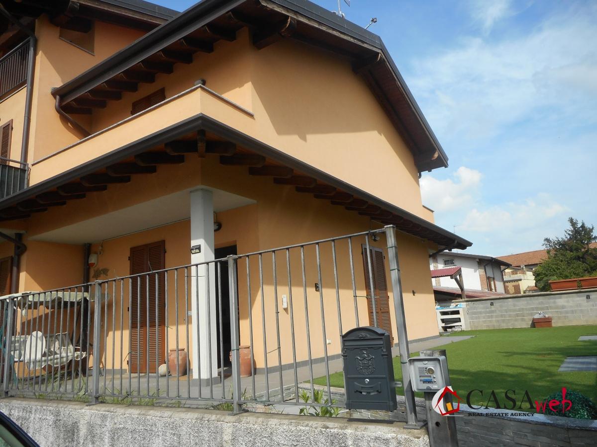 Villa a Schiera in affitto a Vaprio d'Adda, 3 locali, prezzo € 1.000 | PortaleAgenzieImmobiliari.it