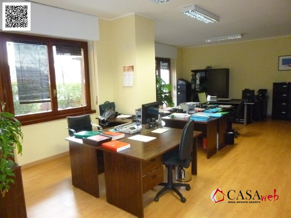 Ufficio / Studio in affitto a Trezzo sull'Adda, 9999 locali, prezzo € 950 | CambioCasa.it
