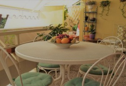 BEAUTIFUL APARTMENT FURNISHED WITH TERRACE OF 30 sqm