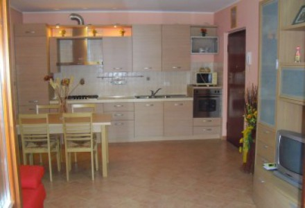 TWO-ROOM WITH TERRACE 20 MQ