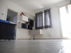THREE-BEDROOM APARTMENT WITH GARDEN - 8