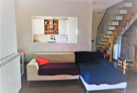 THREE-ROOM-APARTMENT WITH DOUBLE SERVICES AT TREZZO ON THE ADDA