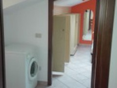TWO-ROOM APARTMENT FURNISHED IN THE COURT - 6