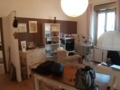 TWO-BEDROOM APARTMENT FURNISHED WIDE AND BRIGHT - 4